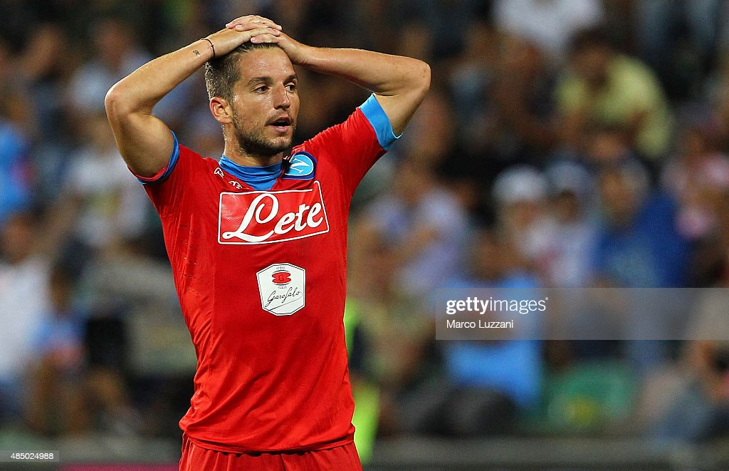 <a gi-track='captionPersonalityLinkClicked' href=/galleries/search?phrase=Dries+Mertens&family=editorial&specificpeople=6524919 ng-click='$event.stopPropagation()'>Dries Mertens</a> of SSC Napoli reacts to a missed chance during the Serie A match between US Sassuolo Calcio and SSC Napoli at Mapei Stadium - Città del Tricolore on August 23, 2015 in Reggio nell'Emilia, Italy.