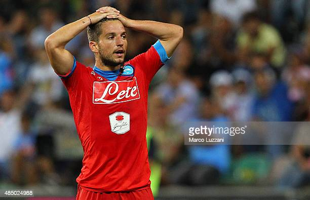 Dries Mertens of SSC Napoli reacts to a missed chance during the Serie A match between US Sassuolo Calcio and SSC Napoli at Mapei Stadium Città del...