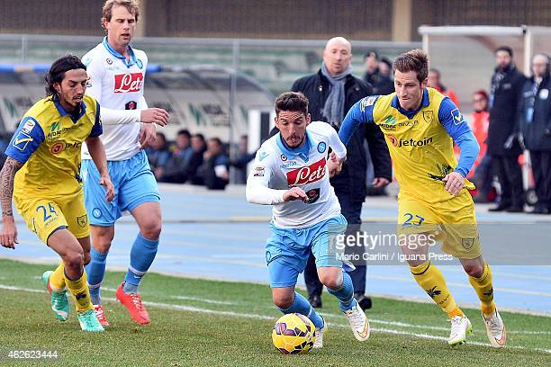 Dries Mertens of SSC Napolinin actionduring the Serie A match between AC Chievo Verona and SSC Napoli at Stadio Marc'Antonio Bentegodi on February 1...