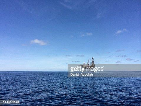 Drilling platform - offshore