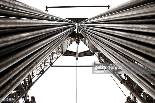 Forage pétrolier offshore avec tuyaux d'exercice entièrement équipée