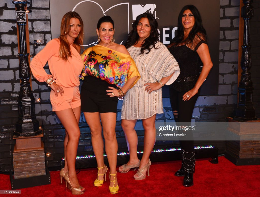 Drita Davanzo Renee Graziano and Angela 'Big Ang' Raiola attends the 2013 MTV Video Music Awards at the Barclays Center on August 25 2013 in the...