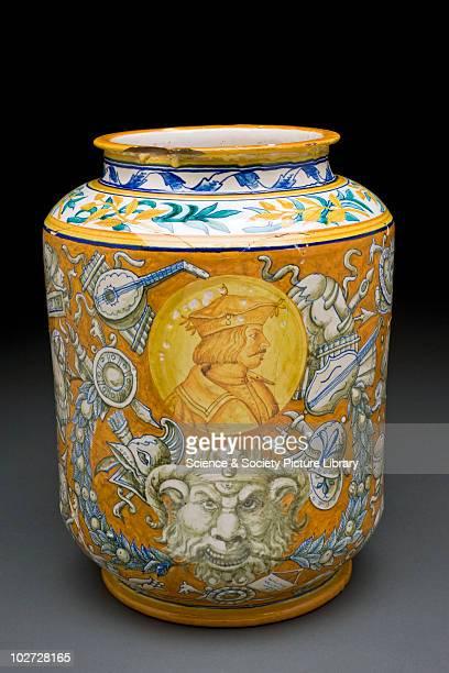 Drug jar Italy 16th18th Century Italian majolica pharmacy jar Italy 15001700