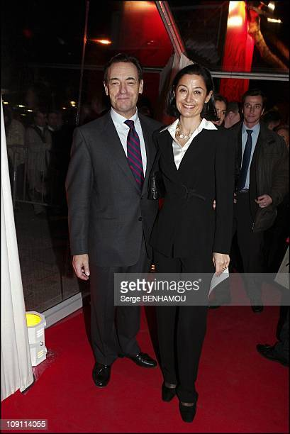 Drugstore Publicis Inauguration In Paris On February 4 2004 In Paris France Lindsay OwenJones And His Wife
