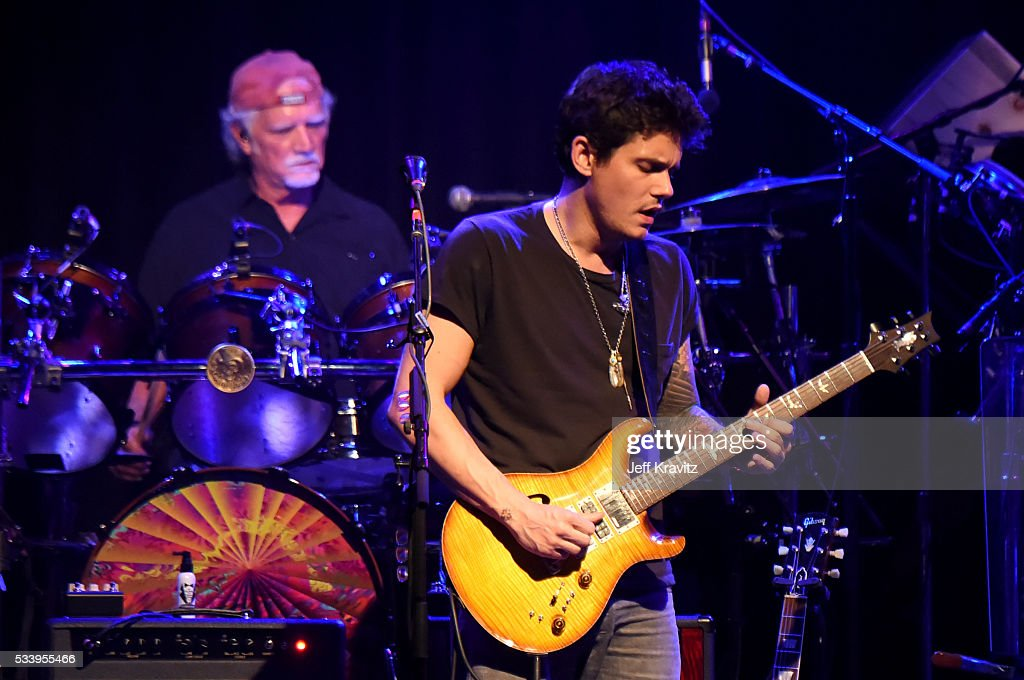 Drummer Bill Kreutzmann and Guitarist John Mayer of Dead and Company perform during the 'Pay it Forward' concert at The Fillmore on May 23, 2016 in San Francisco, California.