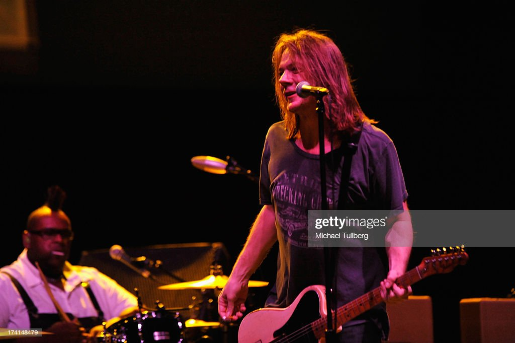 Drummer Michael Bland and singer David Pirner of Soul Asylum perform live at the LP Tour at the Wiltern Theatre on July 20 2013 in Los Angeles...
