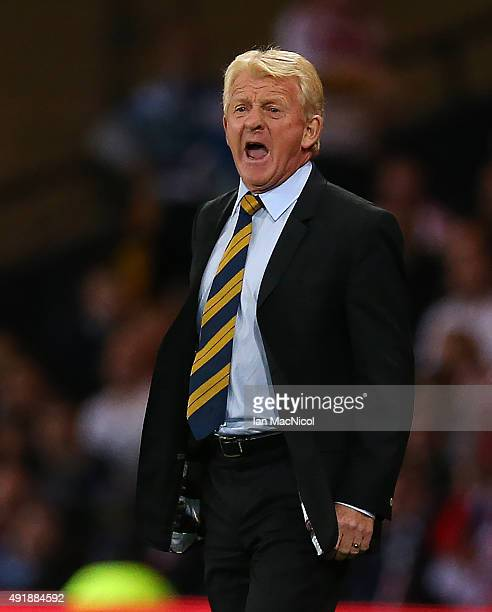 DScotland manager Gordon Strachan reacts during the UEFA EURO 2016 qualifier between Scotland and Poland at Hampden Park on October 08 2015 in...