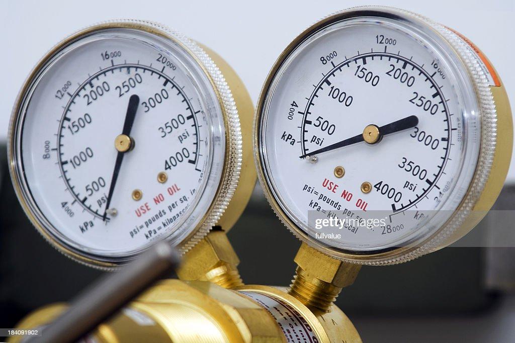 Dual Pressure Guages