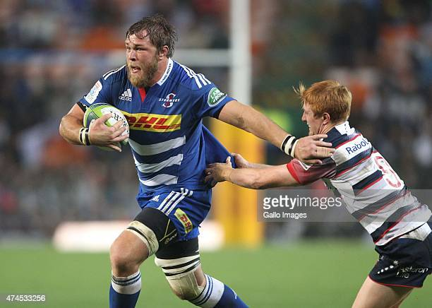 Duane Vermeulen of the Stormers in action during the Super Rugby match between DHL Stormers and Melbourne Rebels at DHL Newlands Stadium on May 23...