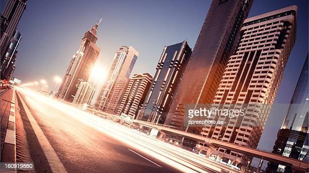 Dubai Sheikh zayed road traffic lightstream