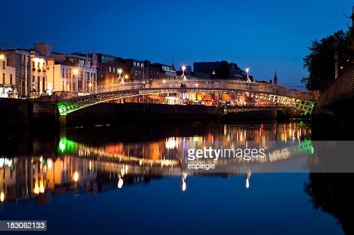 Dublin and Ha'penny Bridge at night, Ireland