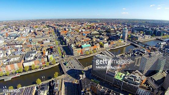 Dublin city center, O'Connell bridge and street