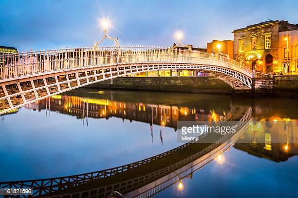 Ha'penny Bridge di Dublino, Irlanda