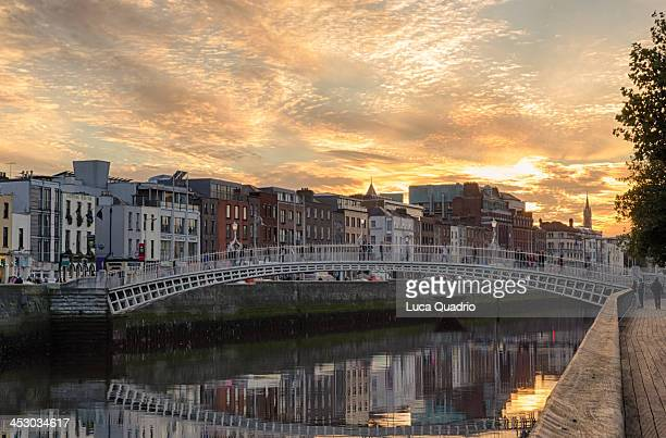 Dublin, Ha'penny Bridge