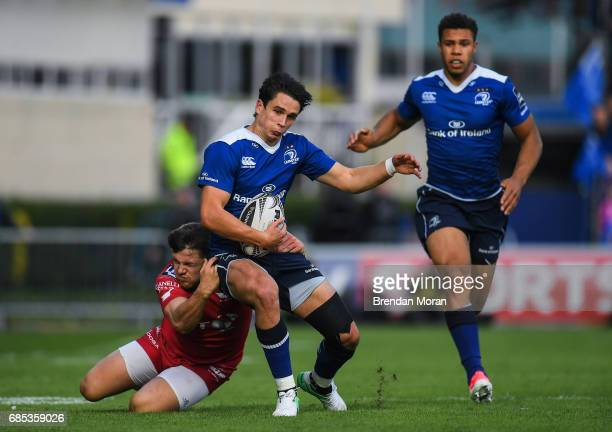 Dublin Ireland 19 May 2017 Joey Carbery of Leinster is tackled by Steffan Evans of Scarlets during the Guinness PRO12 SemiFinal match between...