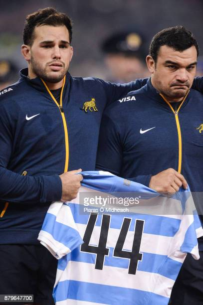 Dublin Ireland 25 November 2017 Santiago Garcia Botta left and team captain Agustin Creevy hold a jersey recognising the 44 members of the Argentina...