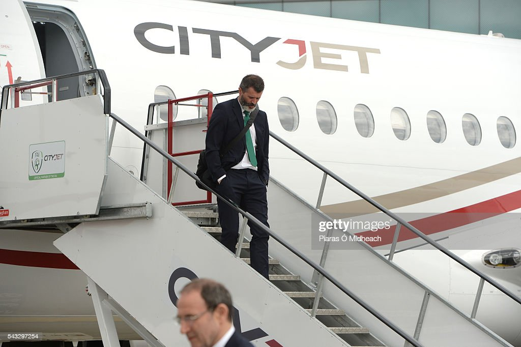 Dublin , Ireland - 27 June 2016; Republic of Ireland assistant manager <a gi-track='captionPersonalityLinkClicked' href=/galleries/search?phrase=Roy+Keane&family=editorial&specificpeople=171835 ng-click='$event.stopPropagation()'>Roy Keane</a> on their arrival back from UEFA Euro 2016 on CityJet's new Superjet. CityJet is the official partner to the FAI. Dublin Airport, Dublin.