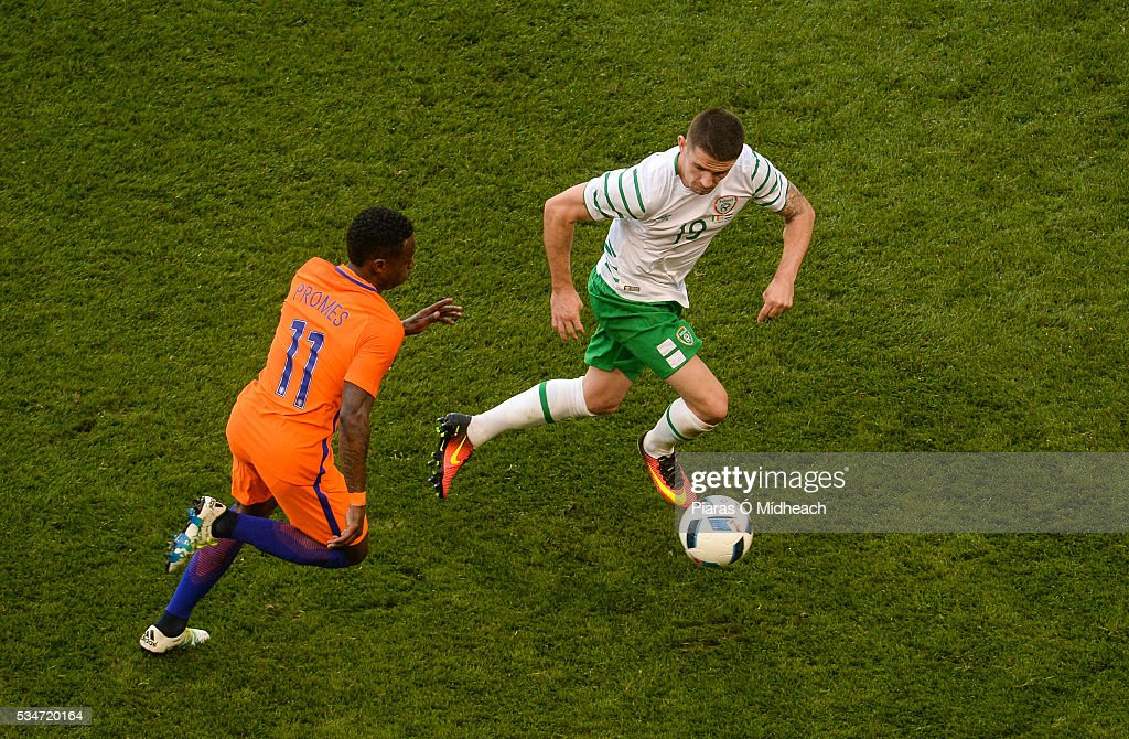 Dublin , Ireland - 27 May 2016; <a gi-track='captionPersonalityLinkClicked' href=/galleries/search?phrase=Robbie+Brady&family=editorial&specificpeople=9028769 ng-click='$event.stopPropagation()'>Robbie Brady</a> of Republic of Ireland in action against <a gi-track='captionPersonalityLinkClicked' href=/galleries/search?phrase=Quincy+Promes&family=editorial&specificpeople=9208409 ng-click='$event.stopPropagation()'>Quincy Promes</a> of Netherlands during the 3 International Friendly between Republic of Ireland and Netherlands in the Aviva Stadium, Lansdowne Road, Dublin.