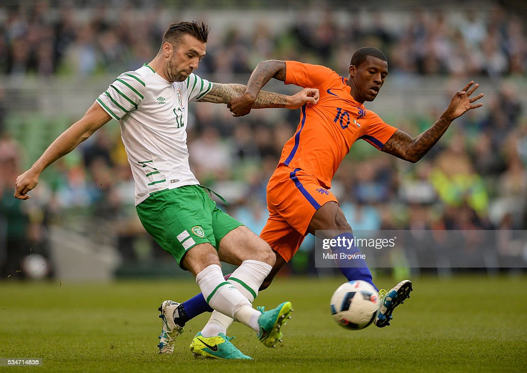 Dublin , Ireland - 27 May 2016; Shane Duffy of Republic of Ireland in action against <a gi-track='captionPersonalityLinkClicked' href=/galleries/search?phrase=Georginio+Wijnaldum&family=editorial&specificpeople=2146603 ng-click='$event.stopPropagation()'>Georginio Wijnaldum</a> of Netherlands during the 3 International Friendly between Republic of Ireland and Netherlands in the Aviva Stadium, Lansdowne Road, Dublin.