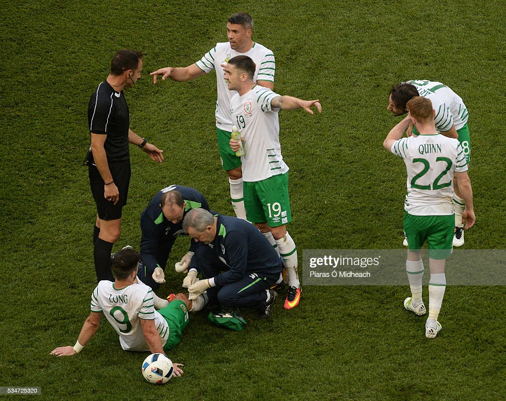 Dublin , Ireland - 27 May 2016; Shane Long of Republic of Ireland is treated for a leg injury during the 3 International Friendly between Republic of Ireland and Netherlands in the Aviva Stadium, Lansdowne Road, Dublin.