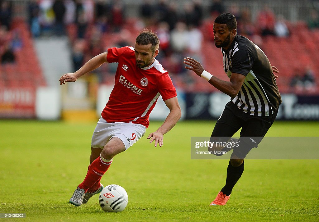 Dublin , Ireland - 28 June 2016; Christy Fagan of St. Patrick's Athletic in action against Ricardo Delgado of AS Jeunesse Esch during the UEFA Europa League First Qualifying Round 1st Leg game between St. Patrick's Athletic and AS Jeunesse Esch at Richmond Park in Dublin.
