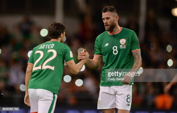 Dublin Ireland 6 October 2017 Daryl Murphy of Republic of Ireland is substituted by Harry Arter of Republic of Ireland during the FIFA World Cup...