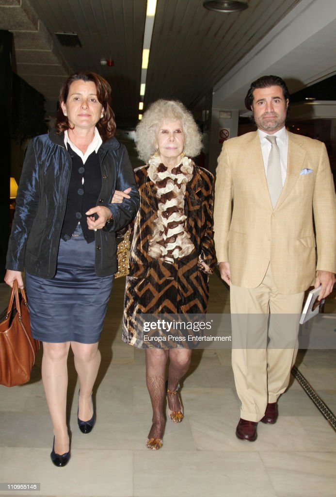 Duchess of Alba, <a gi-track='captionPersonalityLinkClicked' href=/galleries/search?phrase=Cayetana+Fitz-James+Stuart&family=editorial&specificpeople=6090682 ng-click='$event.stopPropagation()'>Cayetana Fitz-James Stuart</a> (C) attends the release of the book 'De Rivera a Ordonez', written by Julian Contreras Jr, at Antares Foundation on March 22, 2011 in Seville, Spain.