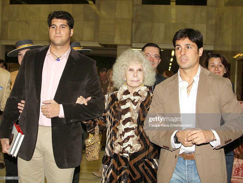 Duchess of Alba, <a gi-track='captionPersonalityLinkClicked' href=/galleries/search?phrase=Cayetana+Fitz-James+Stuart&family=editorial&specificpeople=6090682 ng-click='$event.stopPropagation()'>Cayetana Fitz-James Stuart</a>, Francisco Rivera (R) and Julian Contreras jr (L) attend the release of the book 'De Rivera a Ordonez', written by Julian Contreras Jr, at Antares Foundation on March 22, 2011 in Seville, Spain.