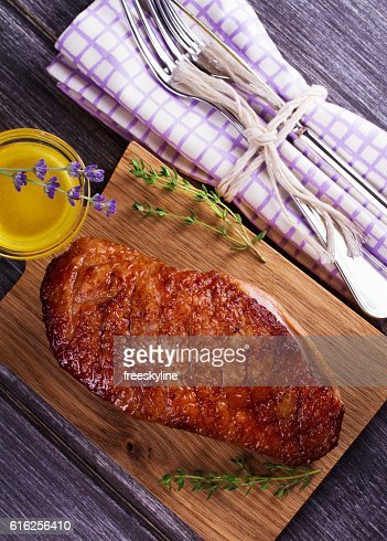 Duck breast, lavender honey and thyme : Foto de stock