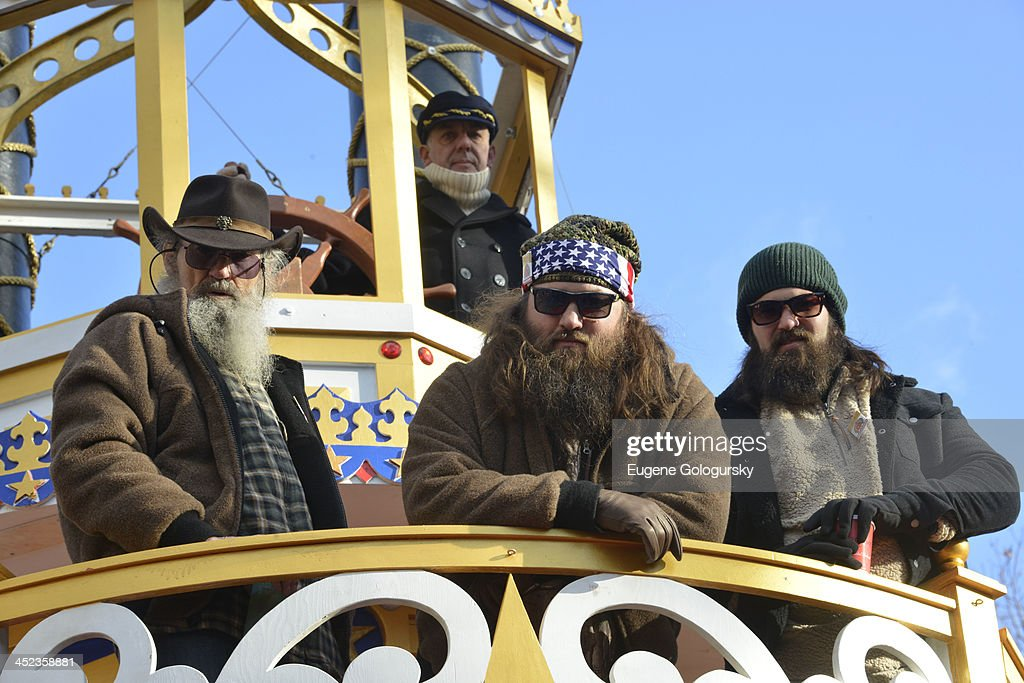 Duck Dynasty-<a gi-track='captionPersonalityLinkClicked' href=/galleries/search?phrase=Phil+Robertson&family=editorial&specificpeople=4043277 ng-click='$event.stopPropagation()'>Phil Robertson</a>, Willie Robertson and Jase Robertson attend the 87th annual Macy's Thanksgiving Day parade on November 28, 2013 in New York City.