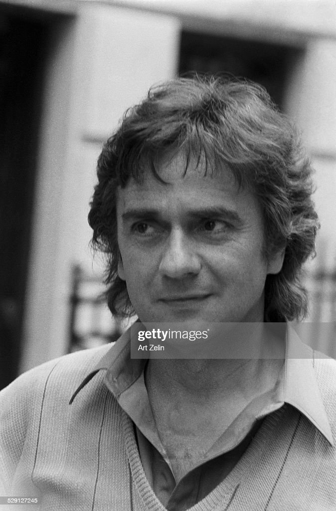 <a gi-track='captionPersonalityLinkClicked' href=/galleries/search?phrase=Dudley+Moore&family=editorial&specificpeople=209351 ng-click='$event.stopPropagation()'>Dudley Moore</a>, close-up; circa 1970; New York.