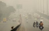 Due to weather changes the city came under a thick blanket of smog on November 5 2013 in Gurgaon India The Met Office has forecast a cloudy day The...