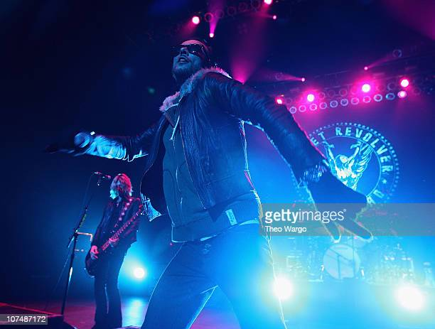 Duff McKagan and Scott Weiland of Velvet Revolver in concert on New Year's Eve 2008 at Hammerstein Ballroom in New York City