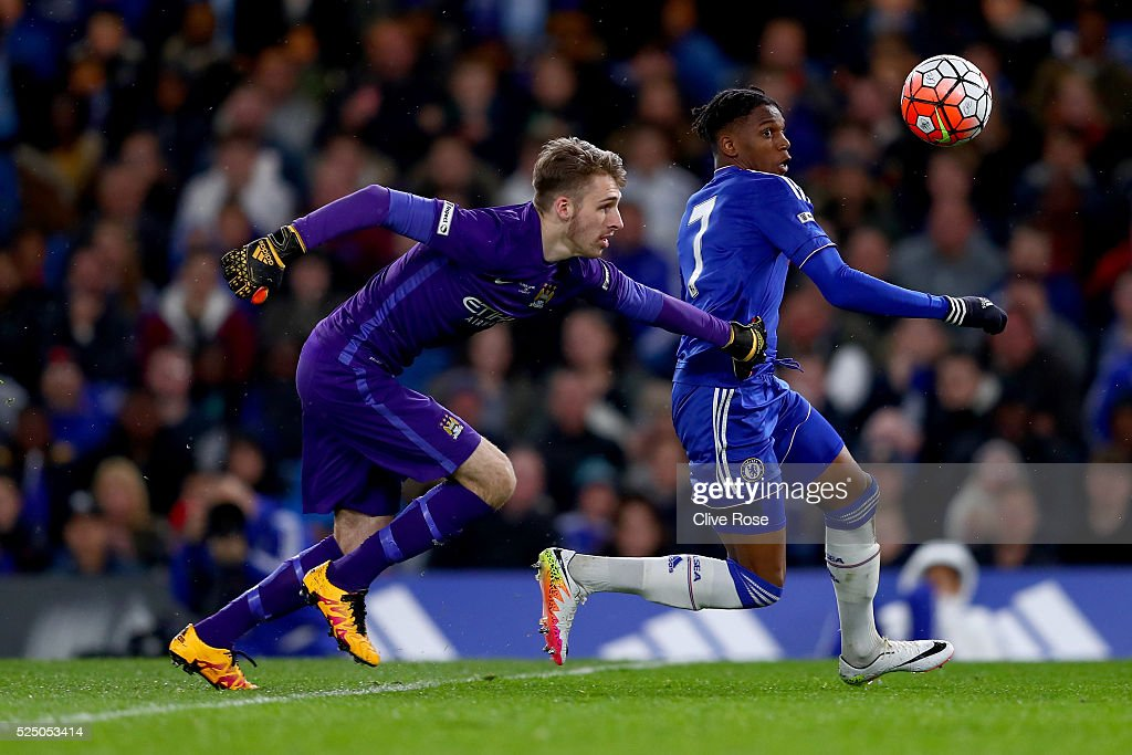 Dujon Sterling of Chelsea rounds Daniel Grimshaw of Manchester City to score during the FA Youth Cup Final Second Leg between Chelsea and Manchester...