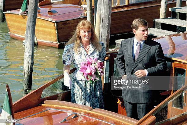 Duke and Duchess of York Sarah and Prince Andrew on a boat during their visit to Venice on August 1989 in Venice Italy