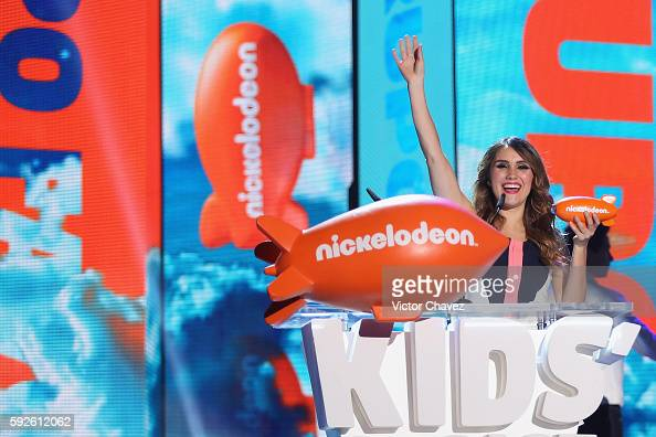Dulce Maria speaks on stage during the Nickelodeon Kids' Choice Awards Mexico 2016 at Auditorio Nacional on August 20 2016 in Mexico City Mexico