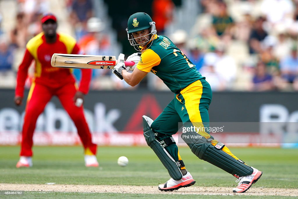 <a gi-track='captionPersonalityLinkClicked' href=/galleries/search?phrase=JP+Duminy&family=editorial&specificpeople=3640895 ng-click='$event.stopPropagation()'>JP Duminy</a> of South Africa bats during the 2015 ICC Cricket World Cup match between South Africa and Zimbabwe at Seddon Park on February 15, 2015 in Hamilton, New Zealand.