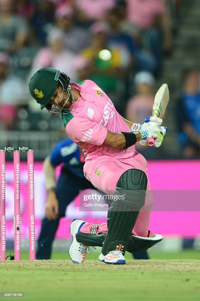 <a gi-track='captionPersonalityLinkClicked' href=/galleries/search?phrase=JP+Duminy&family=editorial&specificpeople=3640895 ng-click='$event.stopPropagation()'>JP Duminy</a> of the Proteas during the 4th Momentum ODI between South Africa and England at Bidvest Wanderers Stadium on February 12, 2016 in Johannesburg, South Africa.