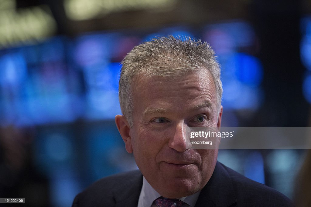 Niederauer Family Rings Closing Bell At NYSE To Honor Former CEO Duncan Niederauer Retirement