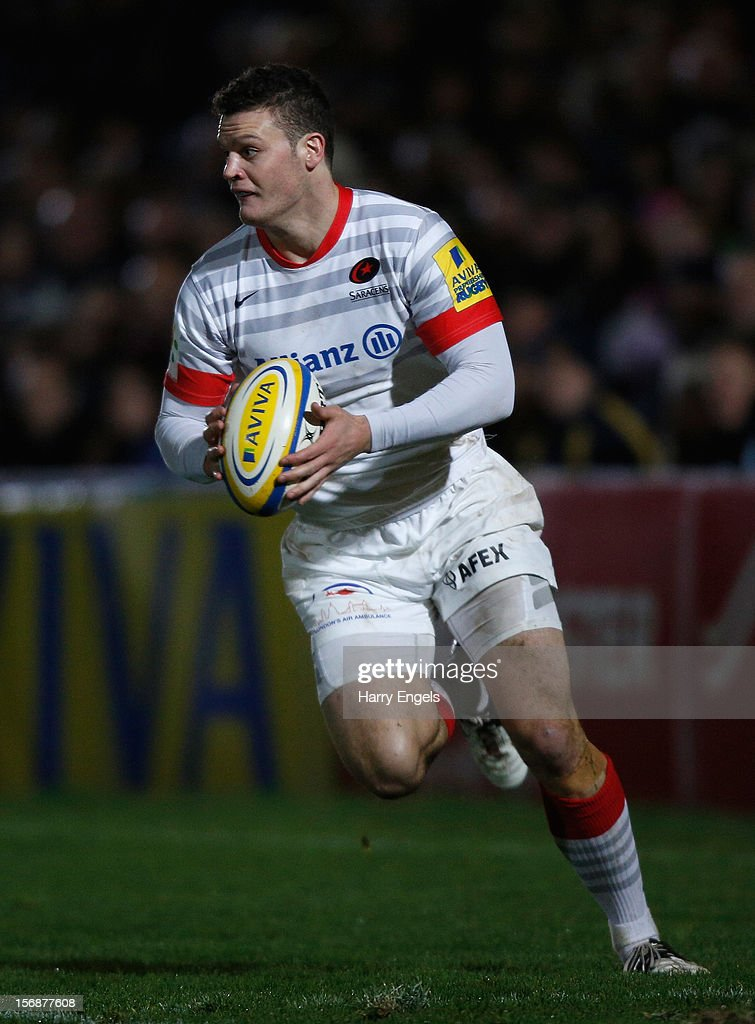 Duncan Taylor of Saracens runs with the ball during the Aviva Premiership match between Worcester Warriors and Saracens at Sixways Stadium on November 23, 2012 in Worcester, England.