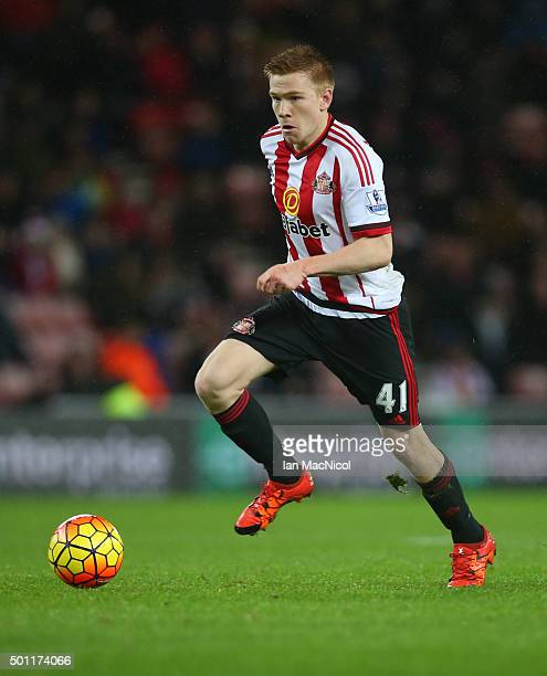 Duncan Watmore of Sunderland controls the ball during the Barclays Premier League match between Sunderland and Watford at The Stadium of Light on...