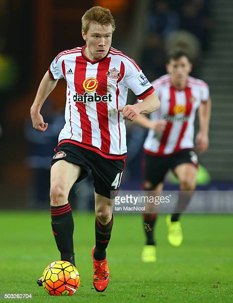 Duncan Watmore of Sunderland controls the ball during the match between Sunderland and Aston Villa at The Stadium of Light on January 02 2016 in...