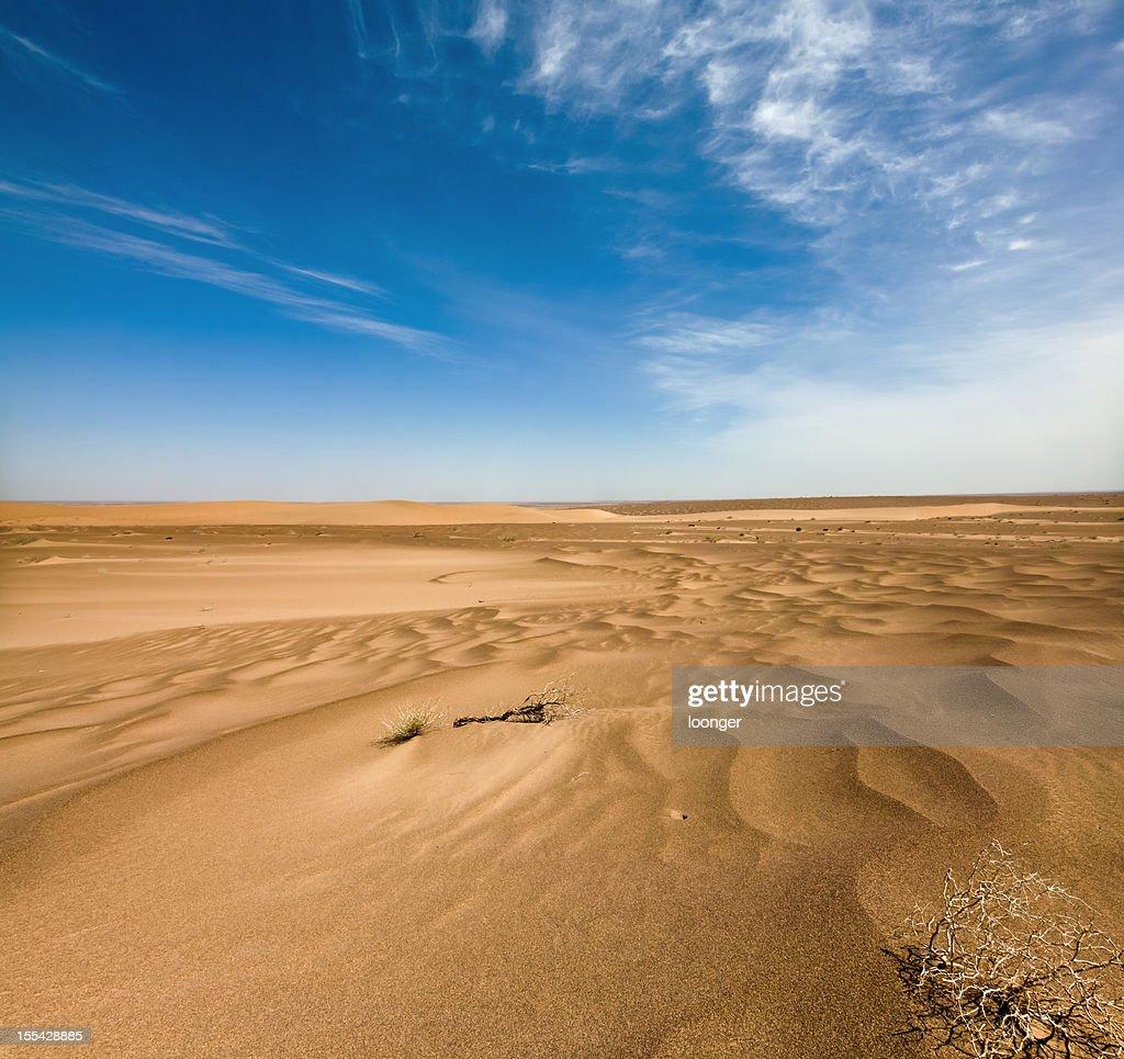 Dune and sand textures in Badain Jaran Desert