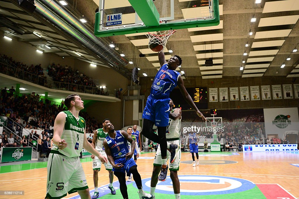 Dunk for Landing Sane of Paris Levallois during the basketball French Pro A League match between Nanterre and Paris Levallois on May 5, 2016 in Nanterre, France.