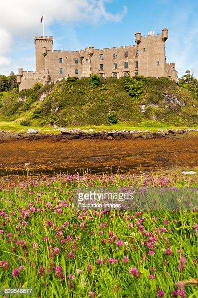 Isle Of Skye United Kingdom  City pictures : Dunvegan Castle, Isle of Skye, Scotland, United Kingdom