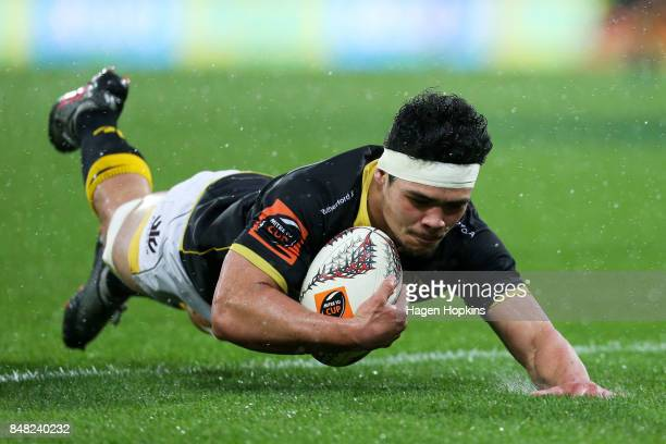Du'Plessis Kirifi of Wellington scores a try during the round five Mitre 10 Cup match between Wellington and Canterbury at Westpac Stadium on...