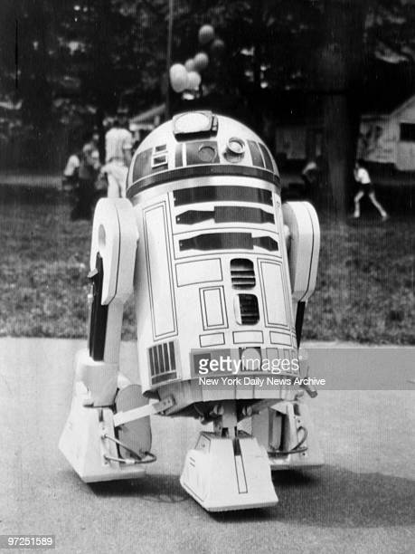 Duplicate of the famous robot R2D2 from 'Star Wars'