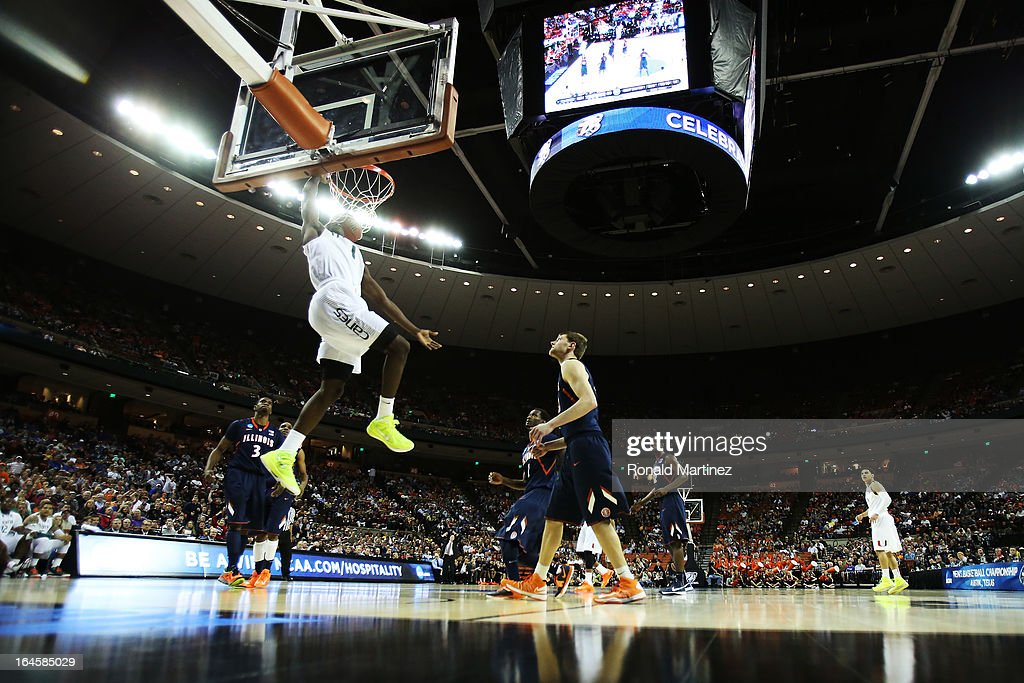 <a gi-track='captionPersonalityLinkClicked' href=/galleries/search?phrase=Durand+Scott&family=editorial&specificpeople=5817675 ng-click='$event.stopPropagation()'>Durand Scott</a> #1 of the Miami Hurricanes dunks on the Illinois Fighting Illini in the second half during the third round of the 2013 NCAA Men's Basketball Tournament at The Frank Erwin Center on March 24, 2013 in Austin, Texas.