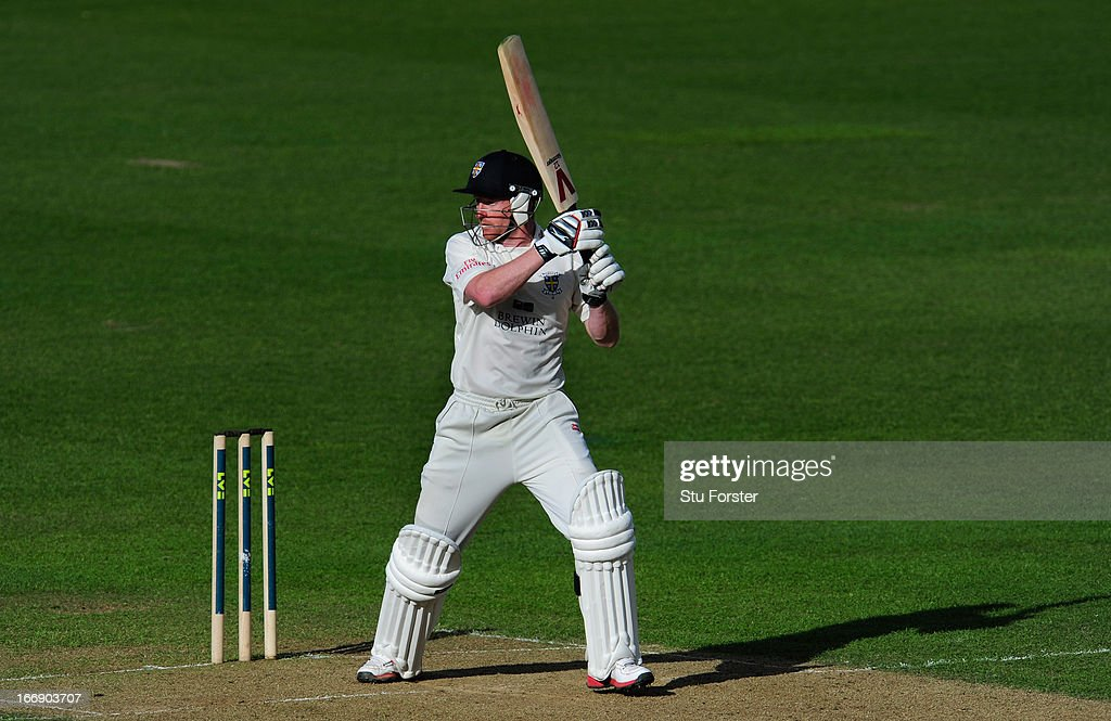 Durham batsman <a gi-track='captionPersonalityLinkClicked' href=/galleries/search?phrase=Paul+Collingwood&family=editorial&specificpeople=204191 ng-click='$event.stopPropagation()'>Paul Collingwood</a> cuts a ball to the boundary during day two of the LV County Championship Division One game between Warwickshire and Durham at Edgbaston on April 18, 2013 in Birmingham, England.
