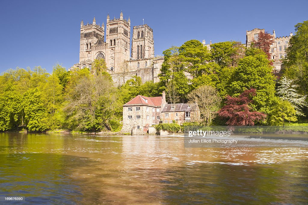 Durham cathedral in front of the river Wear. : Stock Photo